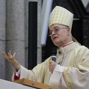 31.mar.2013 - O arcebispo de São Paulo, dom Odilo Scherer, celebra missa de Páscoa na catedral da Sé, centro de São Paulo