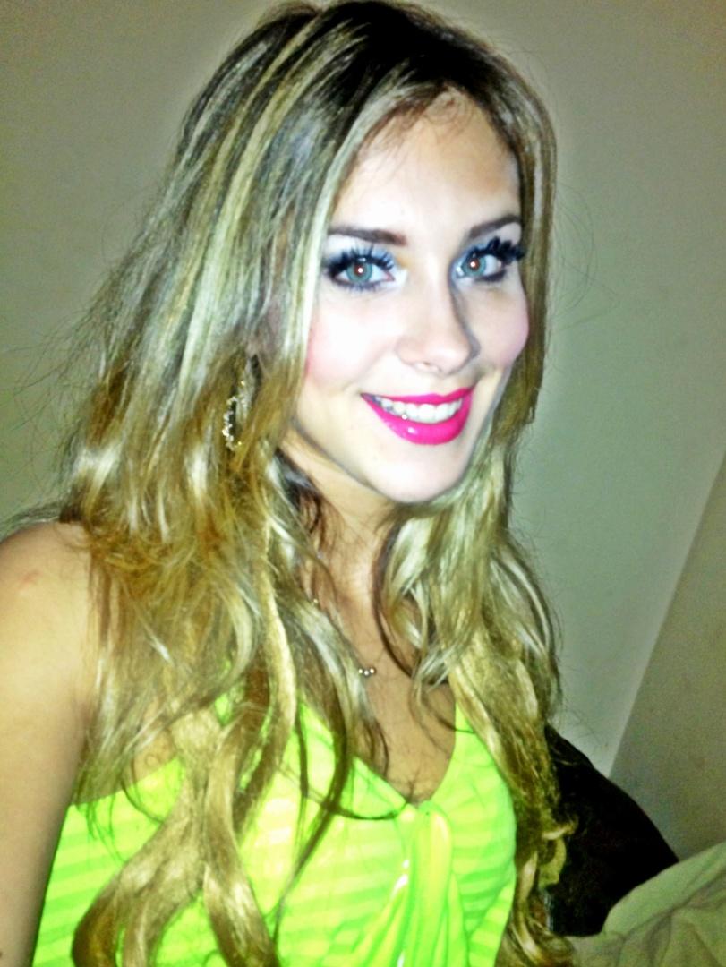 Laura Emanuella se inscreveu para representar o Remo no Belas da Torcida 2013