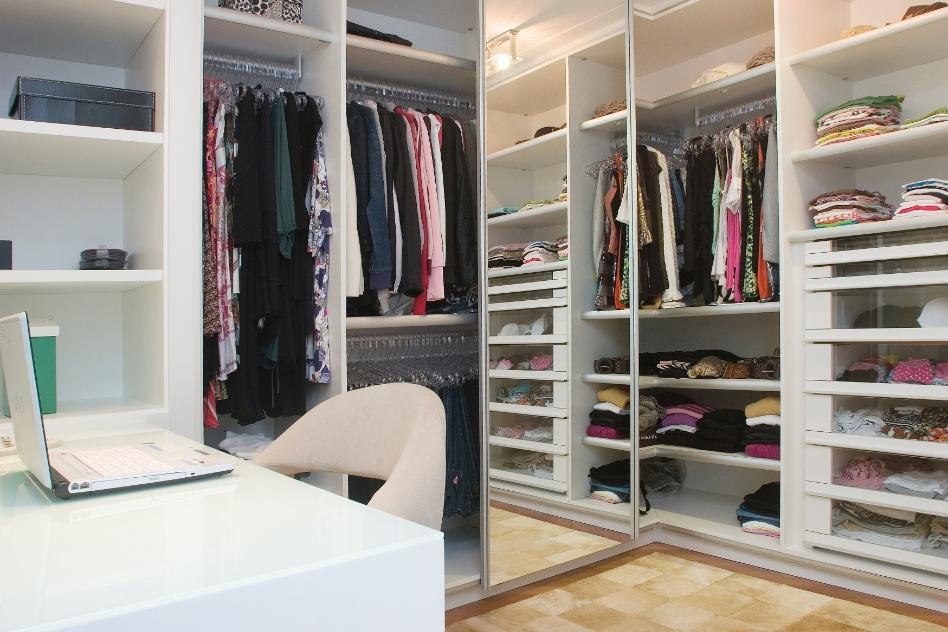 De 3 a 40 m inspire se em projetos bacanas e monte um for Closet blanco pequeno
