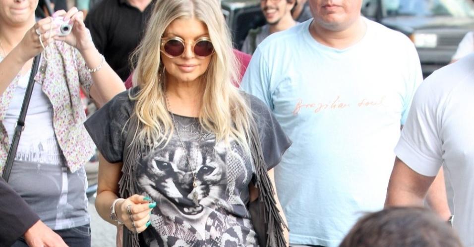 2.abr.2013 - Cantora Fergie chega ao hotel Fasano em Ipanema, no Rio de Janeiro