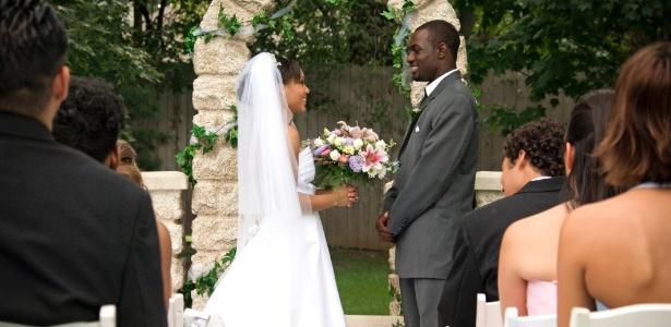 Juras deixam a cerimônia mais pessoal e mostram aos convidados os sentimentos dos noivos