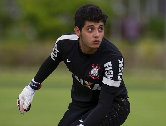 Matheus Vidotto, quarto goleiro do Corinthians, que foi convocado para a seleo brasileira pela primeira vez, para o amistoso com a Bolvia