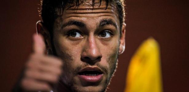 Neymar foi o responsável pelas assistências dos dois gols do Santos