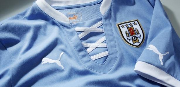 Camisa que o Uruguai usará durante a Copa das Confederações, em junho, no Brasil