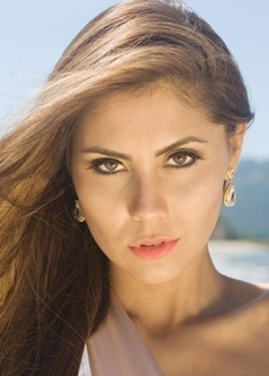 Miss Santa Catarina World, Thainara Latenik
