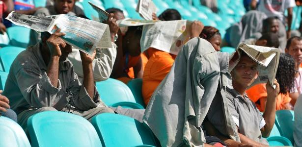 O calor em estádios como a Fonte Nova (f) pode paralisar partidas da Copa do Mundo