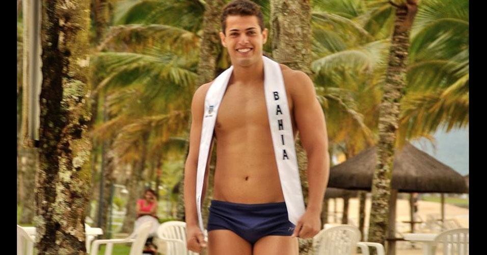 Mister Bahia desfila de sunguinha no Portobello Safari e Resort, em Mangaratiba, no Rio de Janeiro