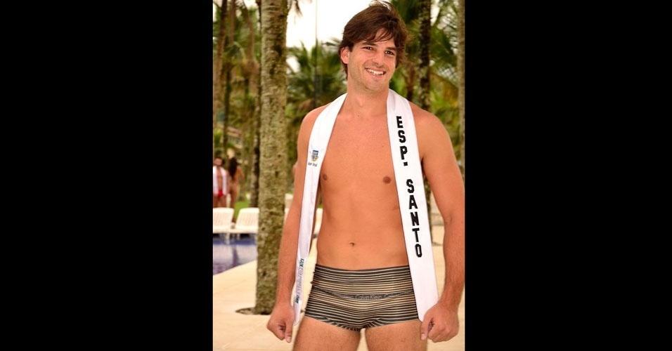 Mister Espírtio Santo desfila de sunguinha no Portobello Safari e Resort, em Mangaratiba, no Rio de Janeiro