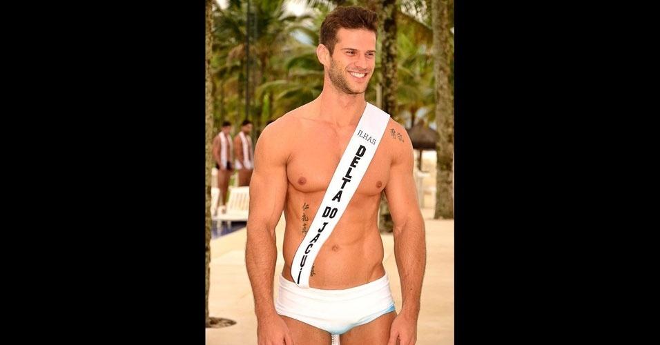Mister Ilhas do Delta do Jacuí desfila de sunguinha no Portobello Safari e Resort, em Mangaratiba, no Rio de Janeiro