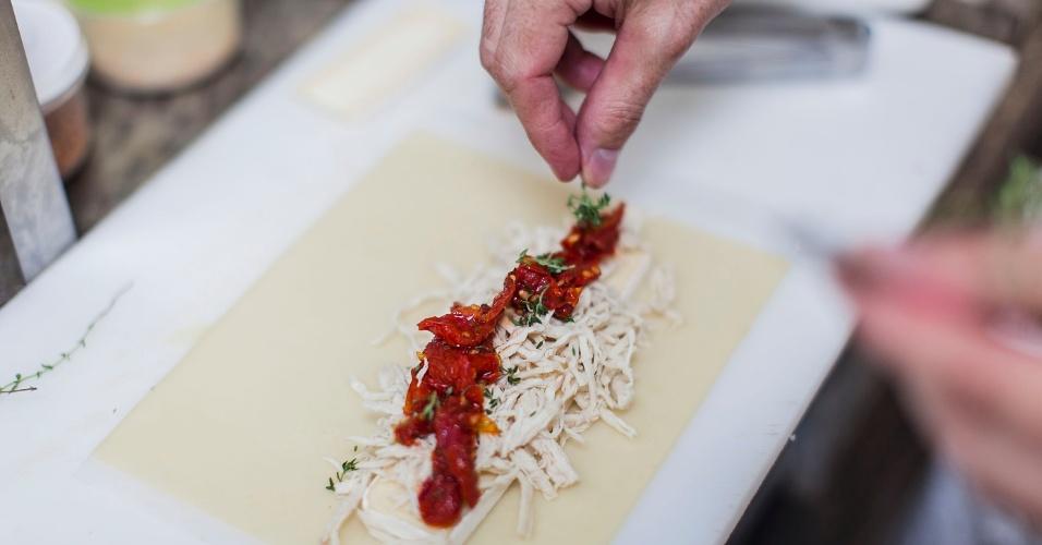 Pastel de Frango, Brie e Tomate Seco
