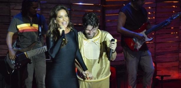 5.abr.2013 - Ivete Sangalo grava participação no DVD de Saulo Fernandes em Salvador, Bahia. Este é o primeiro trabalho solo de Saulo, que deixou a Banda Eva no último Carnaval
