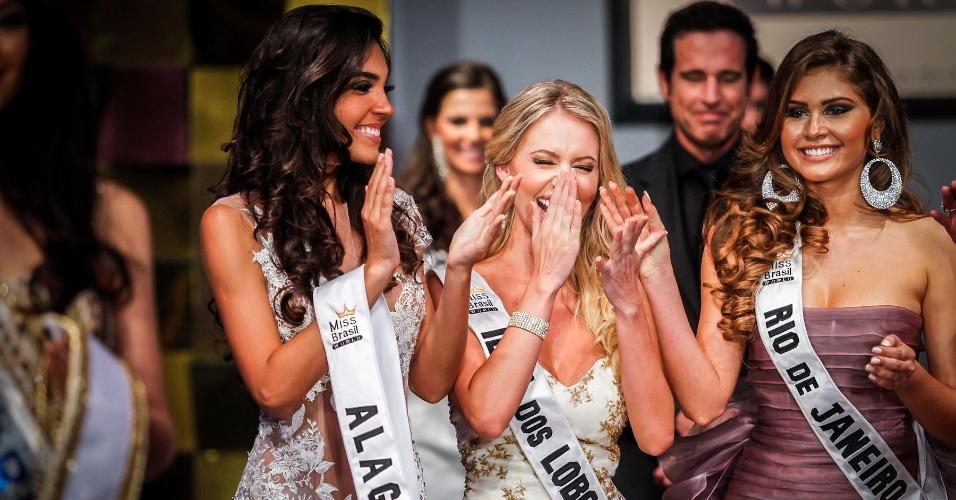 6.abr.2013 - ... que ficou com a Miss Ilha dos Lobos Sancler Frantz!