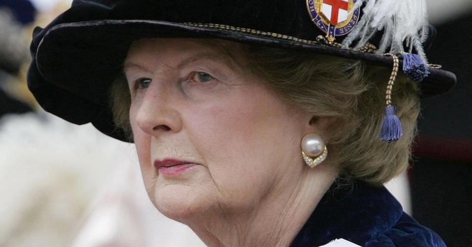19.jun.2006 - Margaret Thatcher deixa a capela de St. George, em Windsor (Reino Unido)