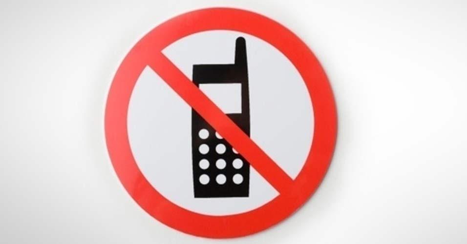Mobile Phones Dangerous Essay