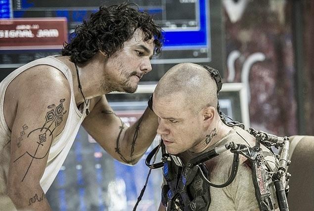 Wagner Moura e Matt Damon em cena do filme