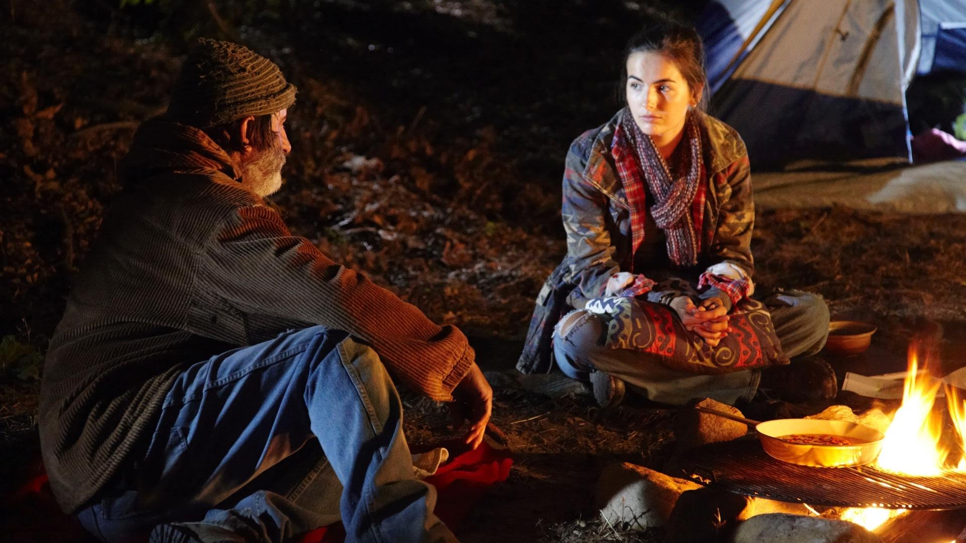 Andy Garcia e Camilla Belle em cena do filme