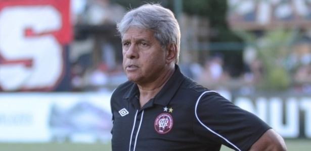 Arthur Bernardes, técnico do sub-23 do Atlético-PR
