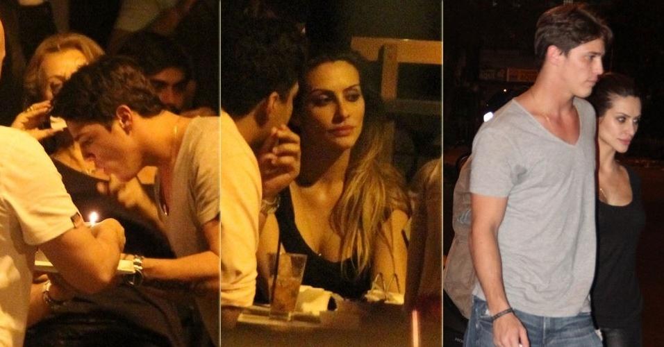 10.abr.2013 - Rômulo Arantes Neto comemora seu aniversário junto de Cleo Pires e famosos em bar do Leblon, no Rio de Janeiro