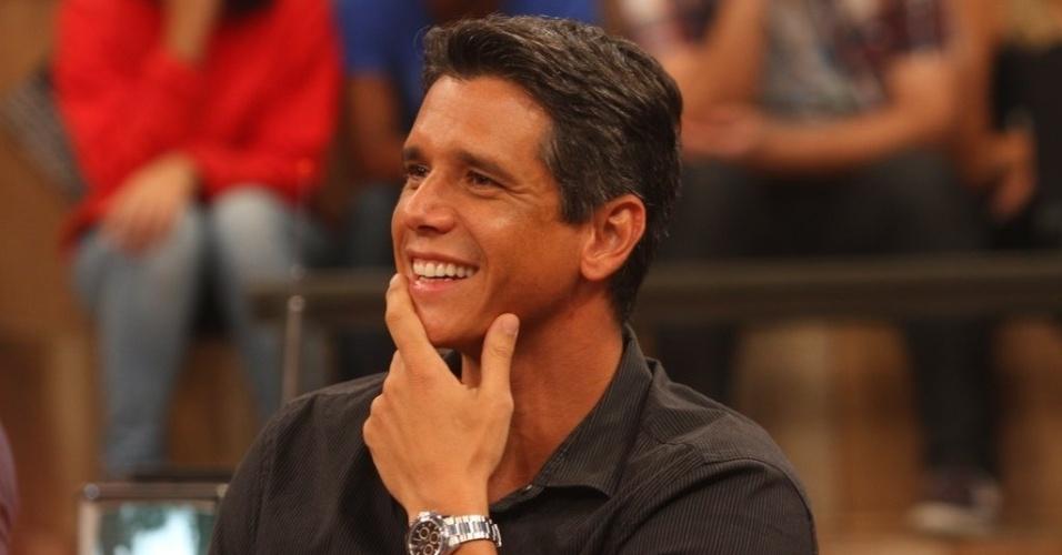 11.abr.2013 - O ator e apresentador Márcio Garcia comenta sobre