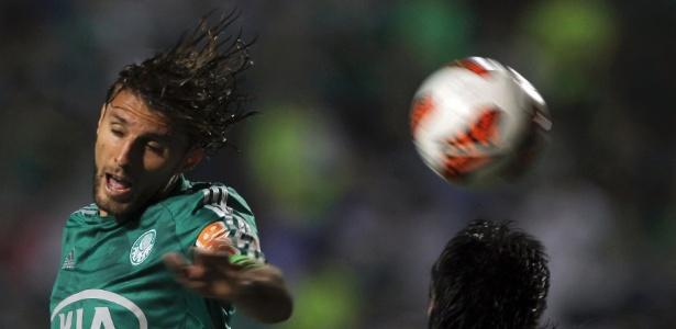 Zagueiro Henrique, do Palmeiras, deve retornar à seleção após confusão entre Conmebol e CBF