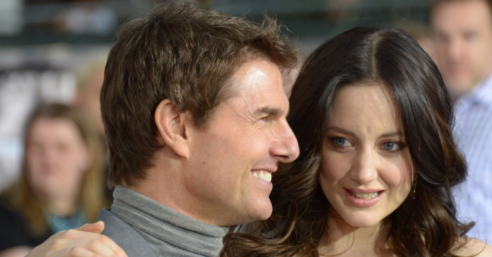 "11.abr.2013 - Tom Cruise e Andrea Riseborough na pré-estreia do filme ""Oblivion"" no tradicional Dolby Theatre em Hollywood (EUA)"