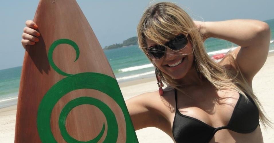 A bela Bárbara da Costa é formada em fisioterapia, mas seguiu a carreira de modelo