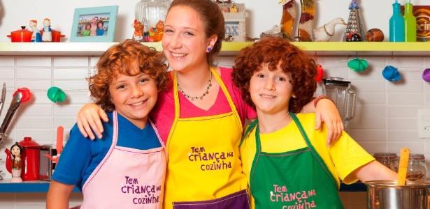 Eduardo, Luisa e Luigi formam o trio do Tem Crian�a na Cozinha, que vai ensinar receitinhas na TV
