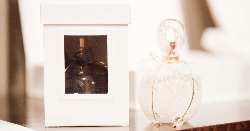 11.abr.2013 - Caixinha com perfume é sugestão de presente para madrinhas, da Barnard & Westwood (www.barnard.com.br); a partir de R$ 70 (unidade). Preço consultado em abril de 2013 na feira Casar e sujeito a alterações