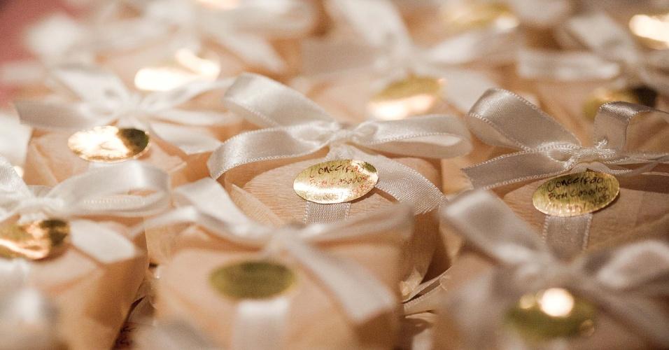 11.abr.2013 - o bem-casado convencional da Conceição Bem Casados (www.conceicaobemcasados.com.br) custa R$ 2,80 (unidade). Preço consultado em abril de 2013 na feira Casar e sujeito a alterações
