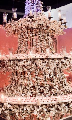 11.abr.2013 - o estande da Conceição Bem Casados (www.conceicaobemcasados.com.br) se destacou na feira Casar 2013. A decoração ficou por conta do decorador Marcelo Bacchin