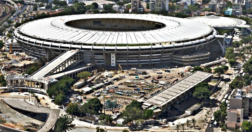 12.abr.2013 - Estádio de Atletismo era centro de treinamento de atletas olímpicos brasileiros