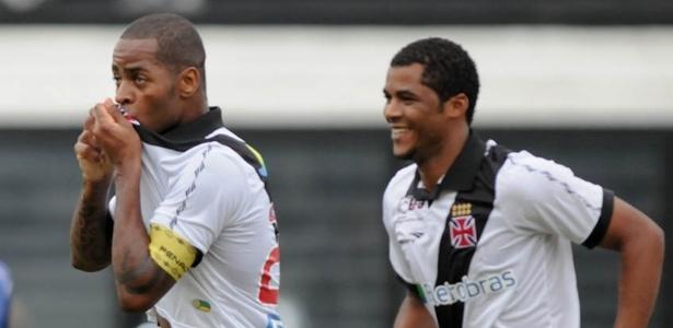 Dedé comemora gol sobre o Quissamã, pela sexta rodada da Taça Rio
