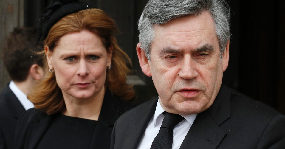17.abr.2013 - O ex-primeiro-ministro do Reino Unido Gordon Brown deixa a catedral de St. Paul após participar do funeral de Margaret Thatcher