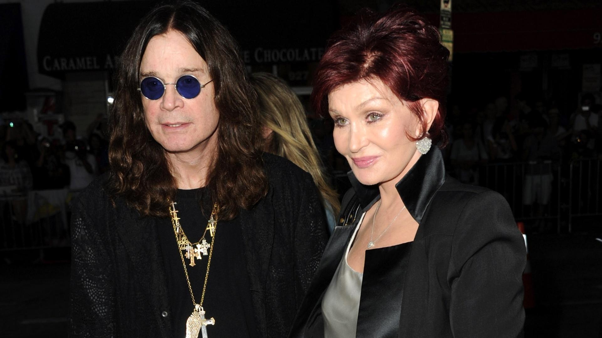 1.out.2012 - Ozzy e Sharon Osbourne na première do filme
