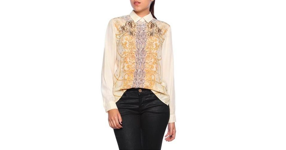 Camisa branca estampada, feita em viscose, com mangas longas; R$ 663, na Colcci (www.colcci.com.br). Preço pesquisado em abril de 2013 e sujeito a alterações