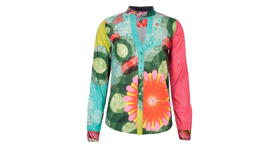 Inspire-se no estilo colorido de Ana Maria Braga. Este modelo de camisa custa R$ 389,90, da Desigual, na Dafiti (www.dafiti.com.br). Preço pesquisado em abril de 2013 e sujeito a alterações