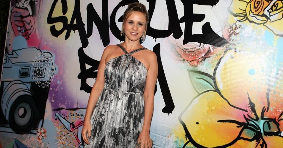 """17.abr.2013 - Giulia Gam na festa de lançamento de """"Sangue Bom"""" em São Paulo"""