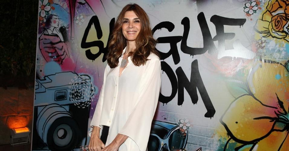 """17.abr.2013 - Monica Torres na festa de lançamento de """"Sangue Bom"""" em São Paulo"""