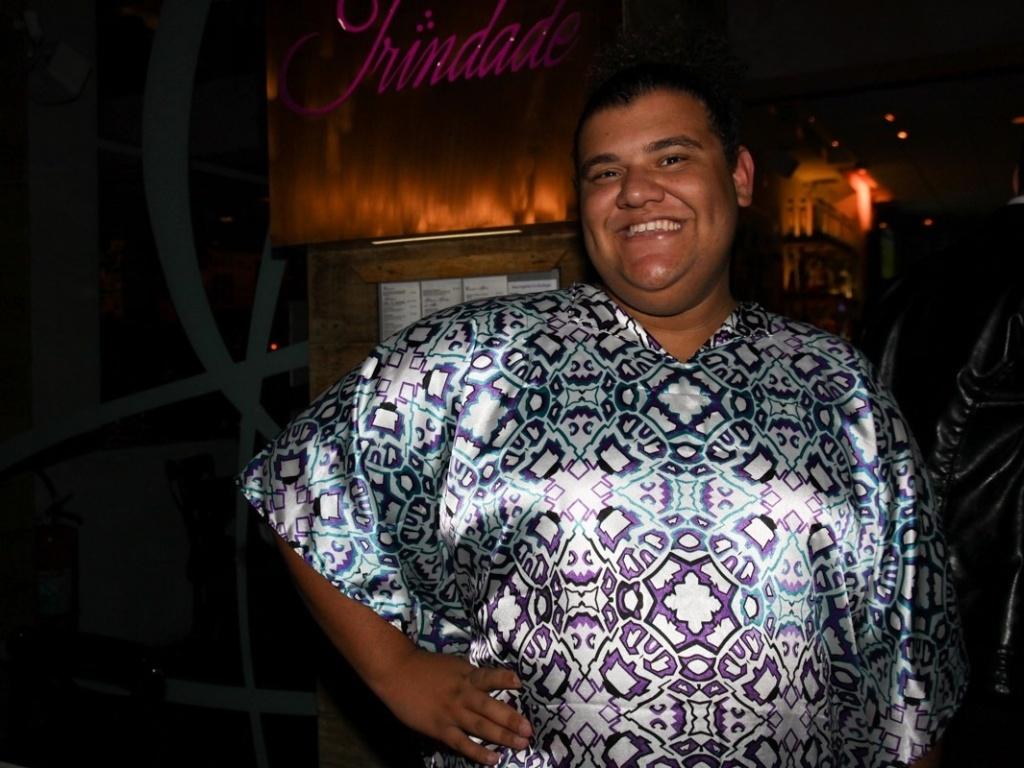 18.abr.2013 - Gominho chega a restaurante para comemorar os 40 anos de Adriane Galisteu em SP