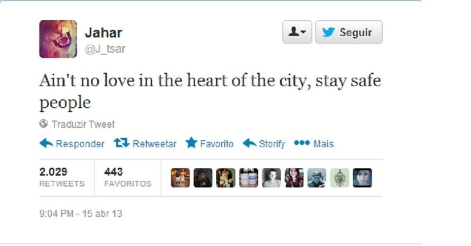 """19.abr.2013 - """"Não há amor no coração da cidade, gente, fiquem seguros"""", escreveu o adolescente Dzhokhar Tsarnaev em sua conta no Twitter no dia da explosão na maratona de Boston. Segundo amigos, o perfil no microblog é dele. Em sua página no site, o adolescente cita letras de rap e defende o Islã, entre outras mensagens"""