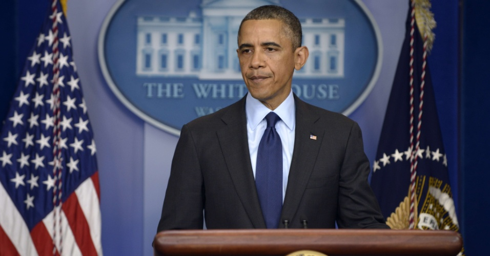 19.abr.2013 - O presidente dos Estados Unidos, Barack Obama, disse em pronunciamento na noite desta sexta-feira (19), na Casa Branca, que fechou-se um capítulo muito importante da tragédia em Boston, com a prisão do segundo suspeito, na noite desta sexta, em Watertown, cidade vizinha à Boston