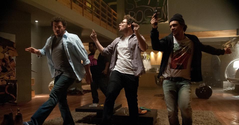 """Cena de """"É o Fim"""", nova comédia de Seth Rogen e Evan Goldberg, dupla"""