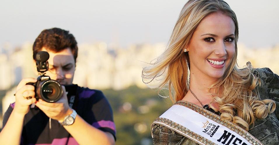 Sancler tem apenas 22 anos, que completou pouco depois de ser coroada: o concurso foi em 6 de abril e seu aniversário no dia 9