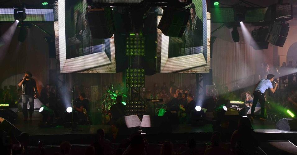 19.abr.2013 - A turnê