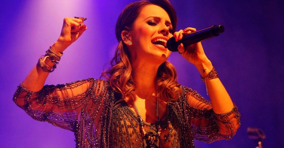 21.abr.2013 - Sandy apresenta seu novo show