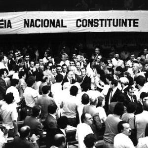 1º.fev.1987 - Então presidente, José Sarney participa da instalação da Assembleia Nacional Constituinte, em 1987