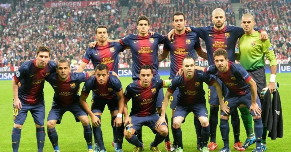23.abr.2013 - Jogadores do Barcelona posam para foto antes da partida contra o Bayern pela Liga dos Campeões