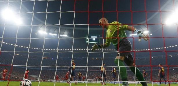 Valdés rejeitou a tarja de capitão por conta do seu histórico recente