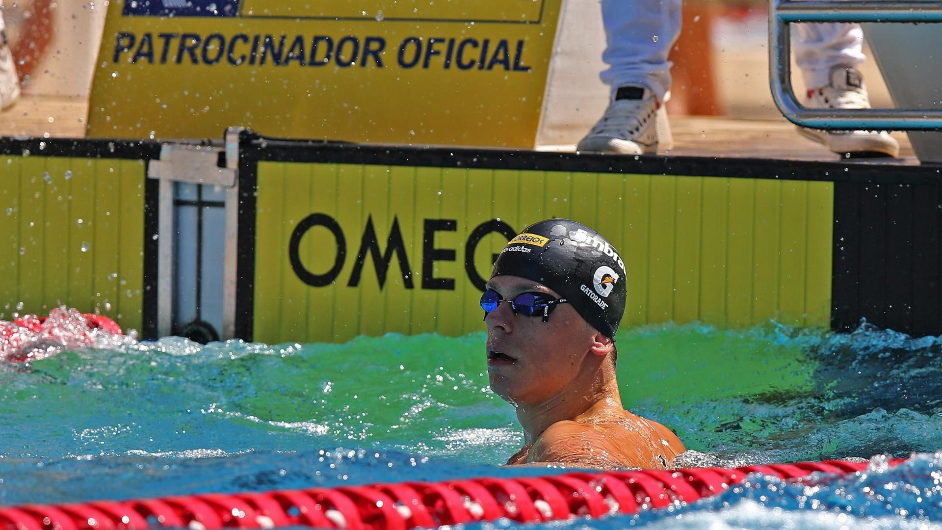24.abr.2013 - Cesar Cielo é visto na piscina durante o Troféu Maria Lenk