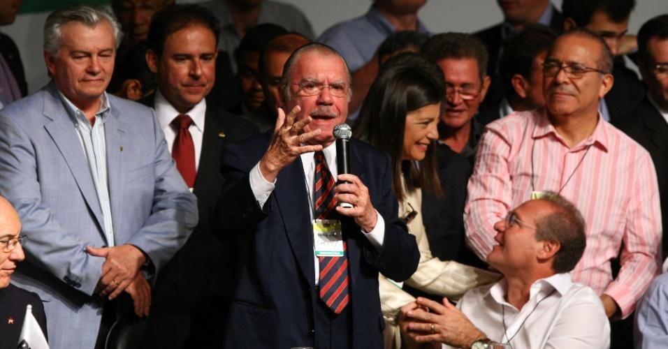 2.mar.2013 - José Sarney (PMDB-AP) discursa na Convenção Nacional do PMDB. A reunião elegeu os membros titulares e suplentes do Diretório Nacional e da Comissão Nacional de Ética e Disciplina do partido